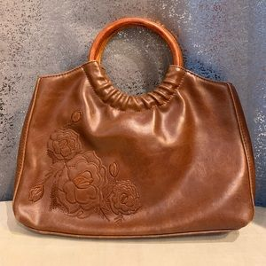 Wood handle and leather purse